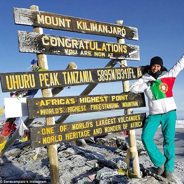 sara-sampaio-kilimanjaro-05