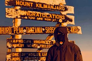 Muguruza-summits-Kilimanjaro-3
