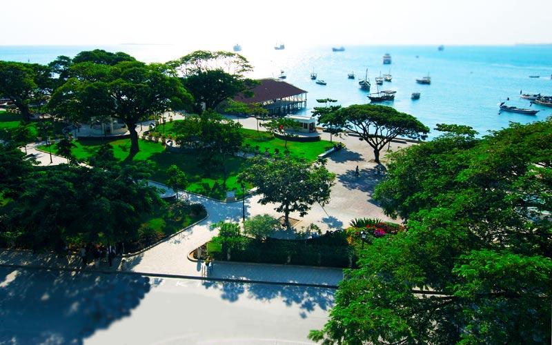 Forodhani-Garden-of-Zanzibar-Stone-Town