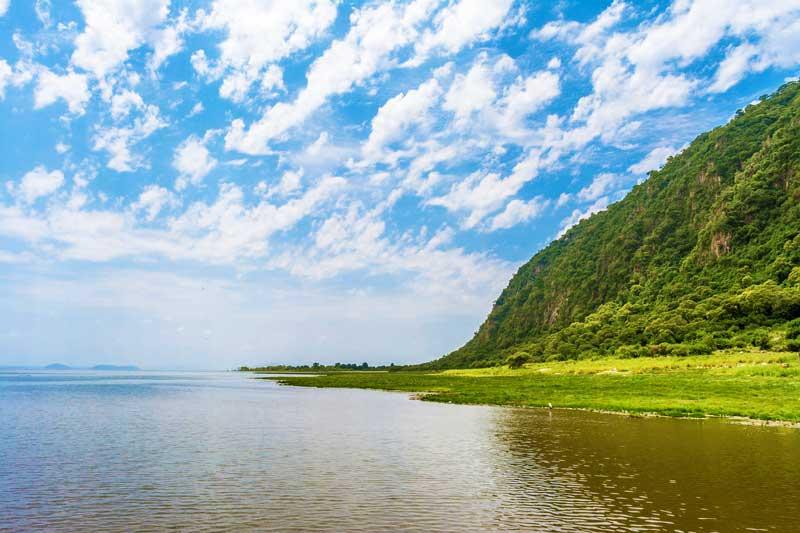 Lake-Manyara-Shore