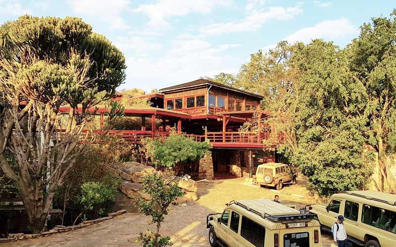 Lobo Wildlife Lodge