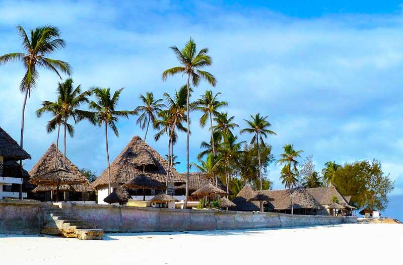 Zanzibar-Beach-Hotel-Huts