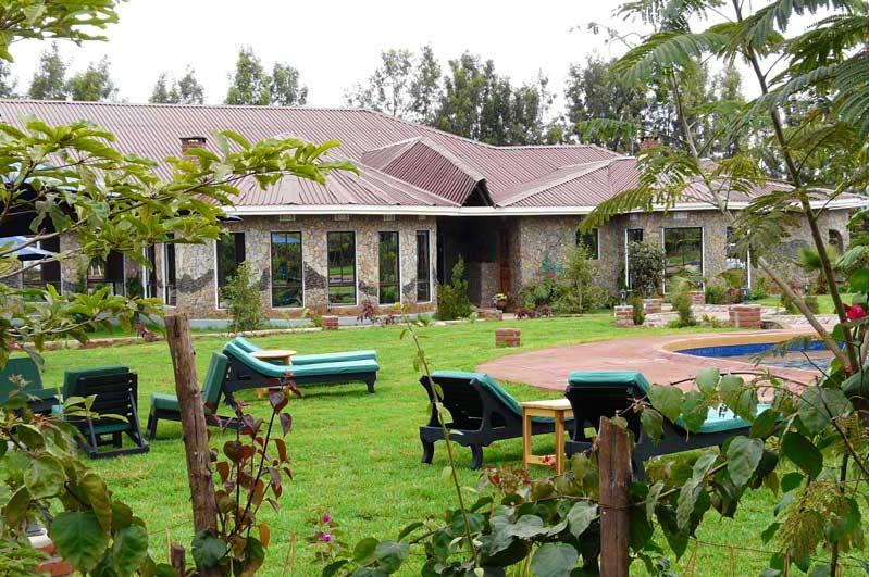 Bougainvillea-Safari-Lodge-Ngorongoro-Hotels