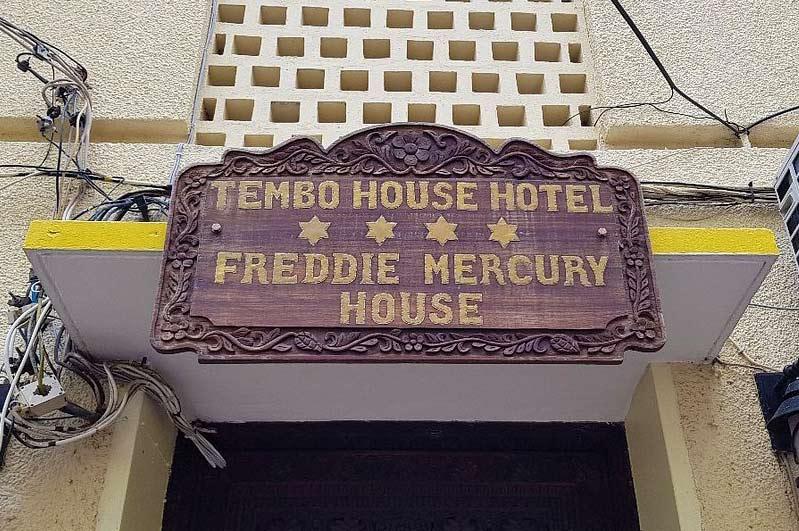 Zanzibar-Freddie-Mercury-House-Sign
